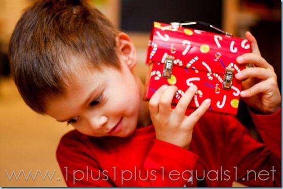 Christmas Sensory Bin-5115