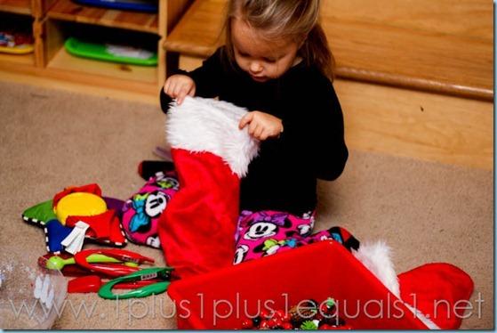 Christmas Tot School-5104