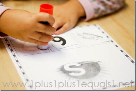 Home Preschool Letter S -0951