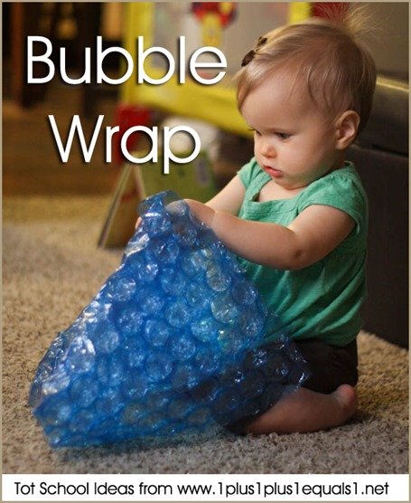 Tot School Bubble Wrap 12-18 Months