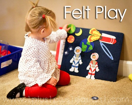 Tot School Ideas 18-24 Months -- Felt Play