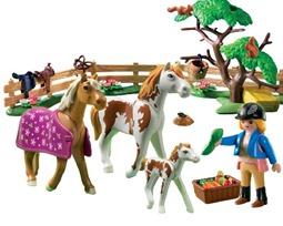Playmobil horse