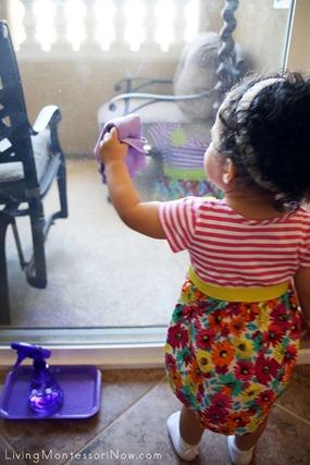 Living Montessori Now (1)